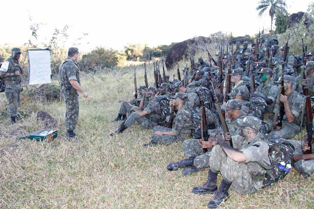 Tiro de Guerra de Pinhal realiza 'Operação Alvorada'