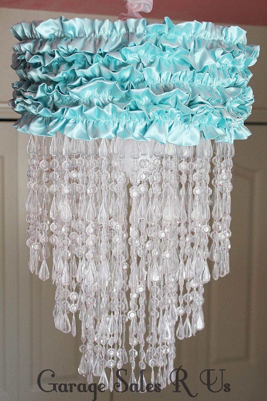 15 Creative and Cool DIY Chandelier Designs.