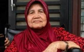 Innalillahi wa inna ilaihi rojiun, Hj. Sariani Amiraden Siregar telah berpulang ke Rahmatullah
