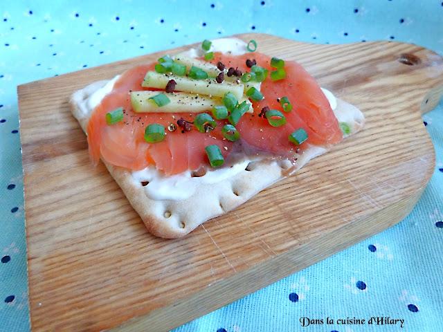 Tartines nordiques au saumon fumé et crème au raifort