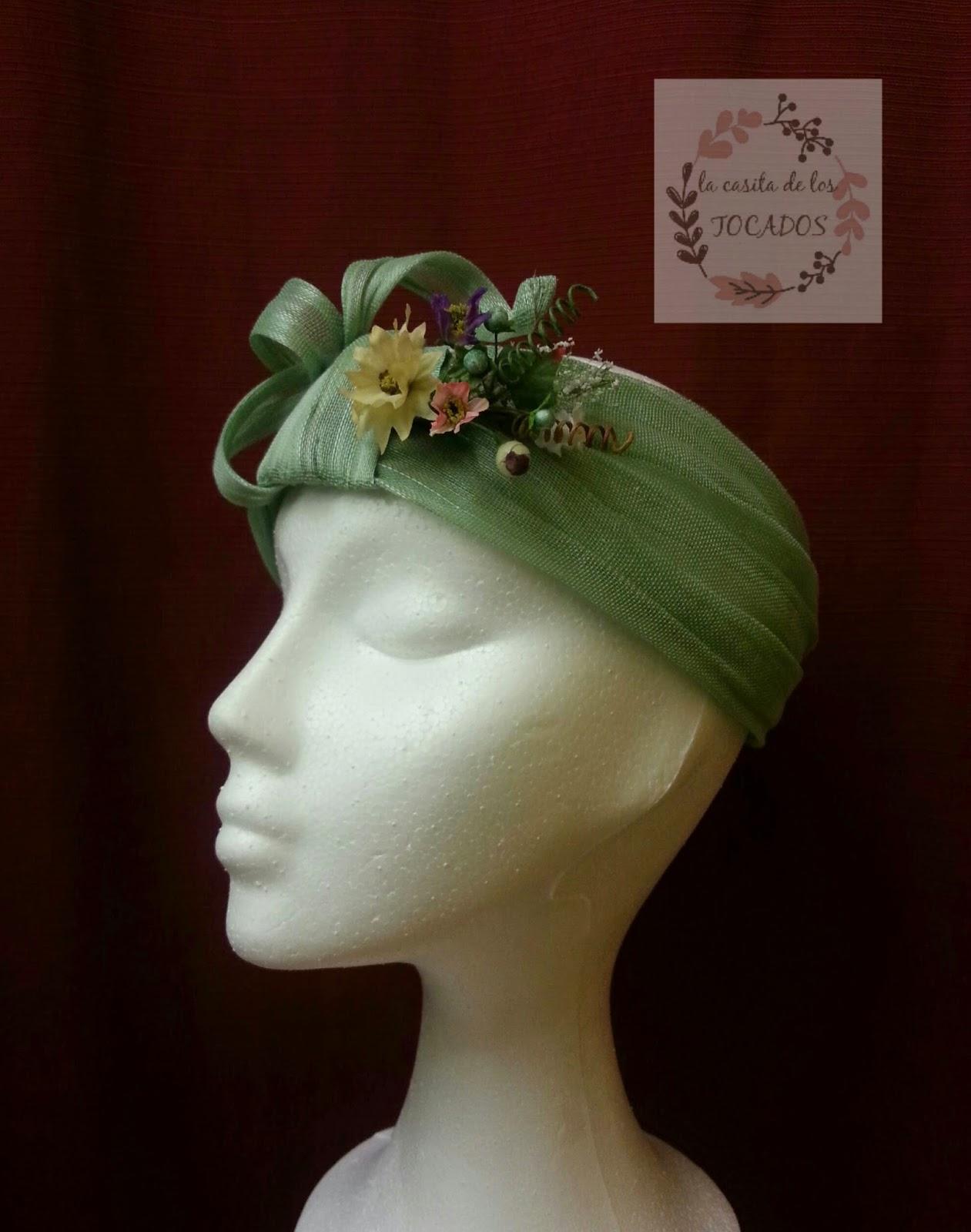 turbante descubierto en color verde para boda