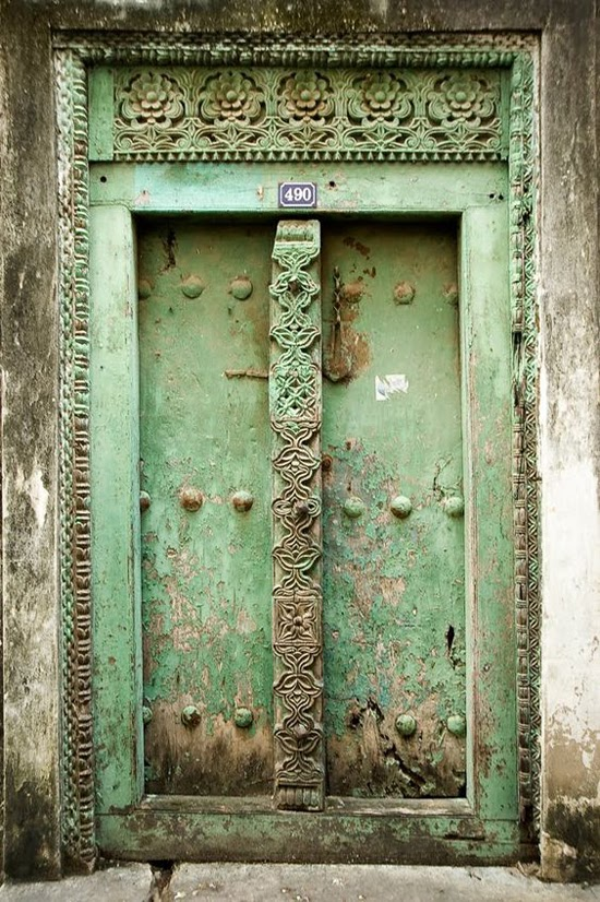 Safari Fusion blog | Africa here we come! | Doors of Zanzibar © Bulent Özgören