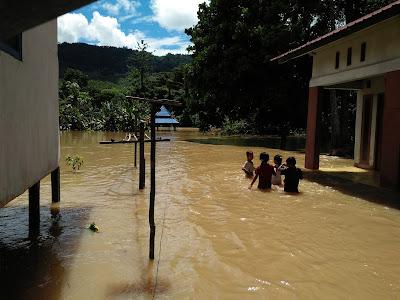 Banjir di Desa Merah Arai