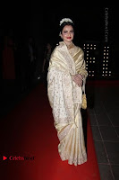 Celebs On Red Carpet Of Hello Hall Of Fame Awards  0012.jpg