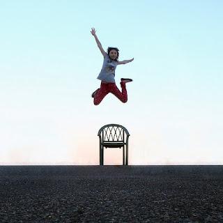 saltar de una silla