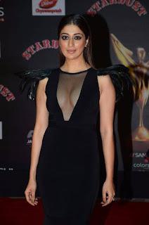 Raai Laxmi looks stunning at Stardust Awards 2016