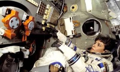 Σάλος με αστροναύτη που φαίνεται να φώναξε «Η γη πρέπει να προειδοποιηθεί» (ΒΙΝΤΕΟ)