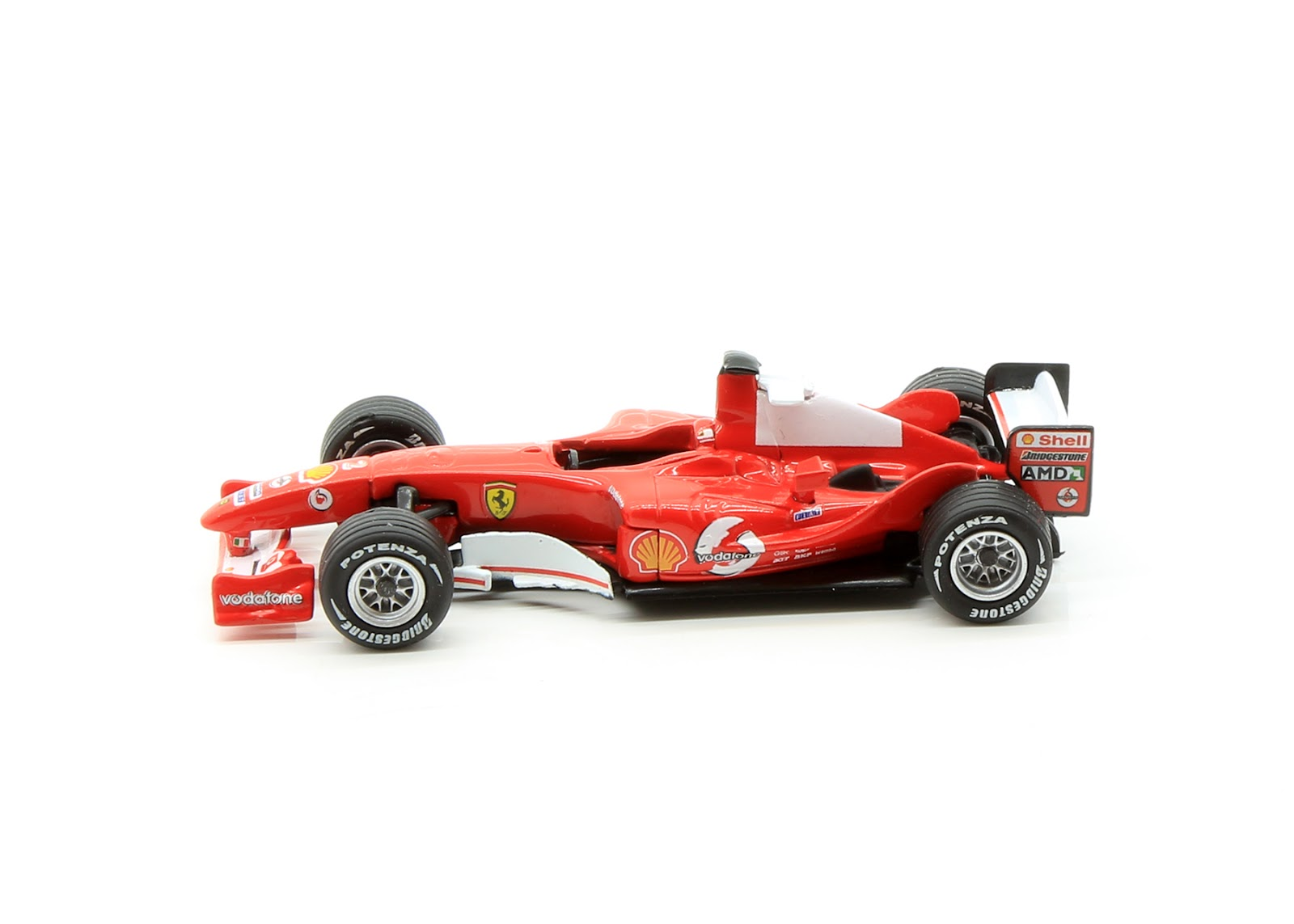 Incredible Mini Garage Ferrari F2004 2004 Kyosho 1 64