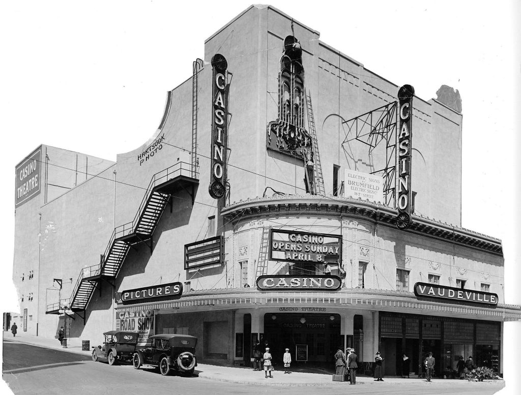San Francisco Theatres: The Downtown Theatre
