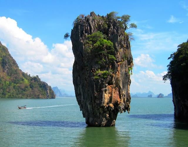 denizde kaya