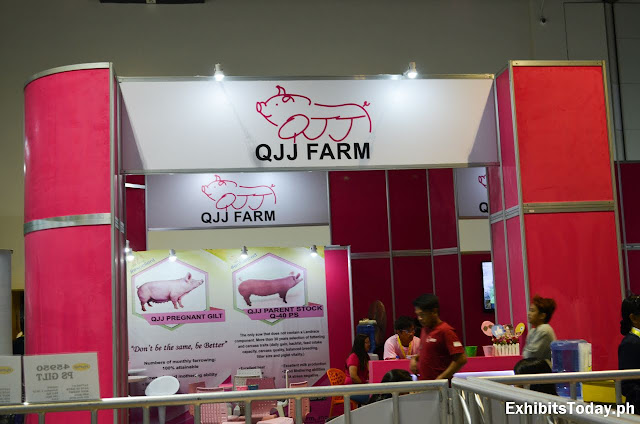 QJJ Farm Exhibit Booth