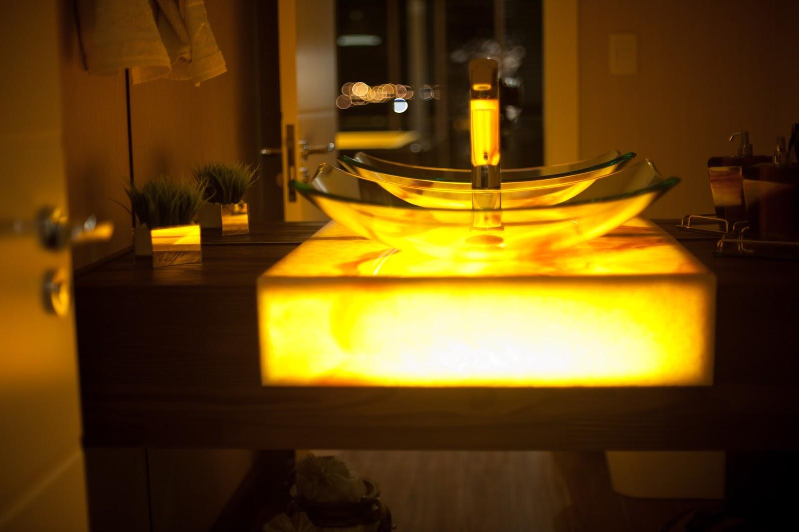 : Minha Casa Clean: Decoração de Interiores – Lavabos de Luxo #BD4F00 1600x1065 Bancada De Banheiro De Luxo