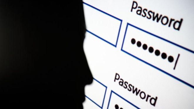 Las 25 peores contraseñas de 2017 que demuestran que estamos a merced de los hackers (y cómo mejorarlas)