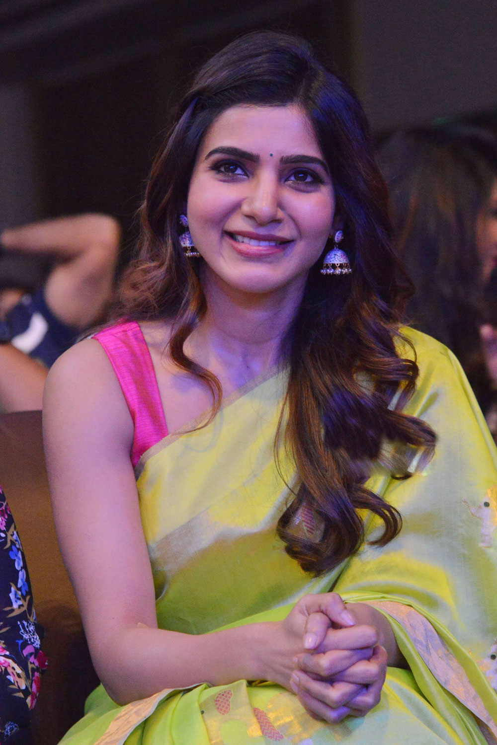 samantha cute stills at balakrishnudu audio launch