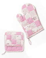 Domestic Bliss Oven Mitt and Pot Holder by Nana Huchy
