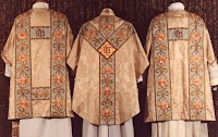 Connecting the Natural and Liturgical: Floriated Vestments for Easter, Spring and Summer