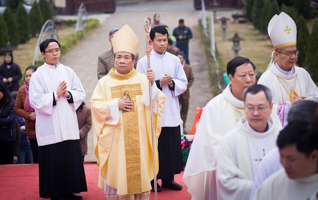 Lễ truyền chức Phó tế và Linh mục tại Giáo phận Lạng Sơn Cao Bằng 27.12.2017 - Ảnh minh hoạ 61