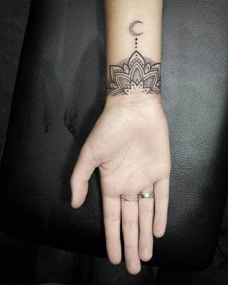 tatuaje de mándala muñeca tumblr blanco y negro