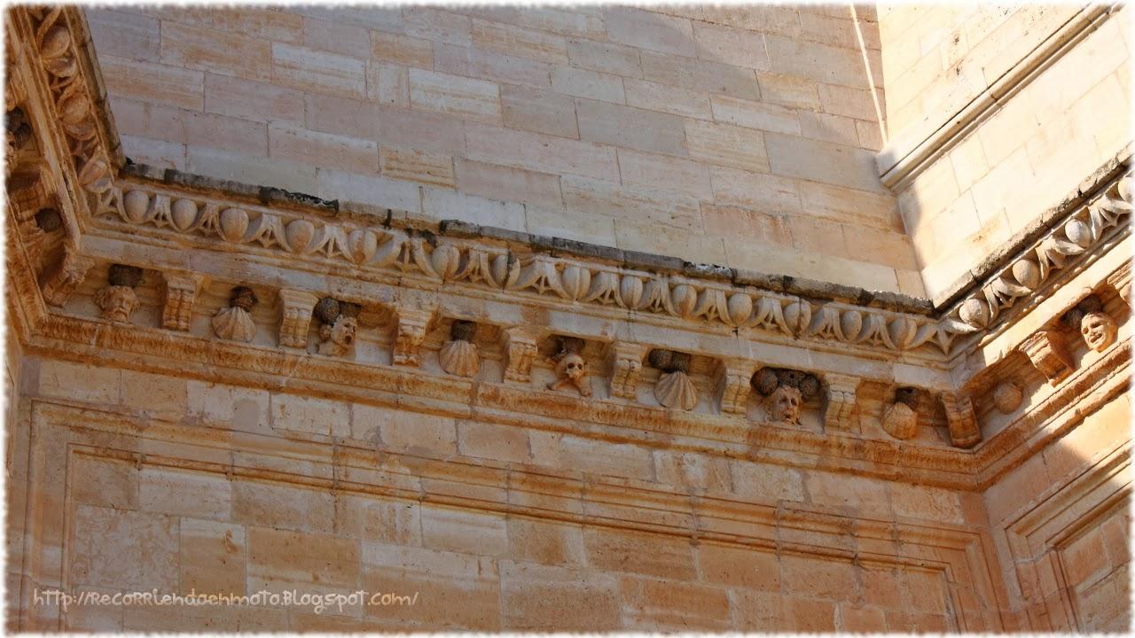 Detalle fachada este, monasterio de Uclés