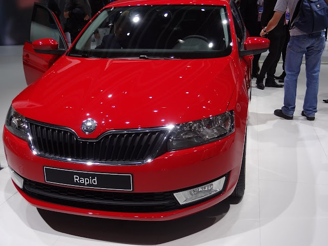 2013 Skoda Rapid at the Paris Motor Show - car review and walk aroundvideo