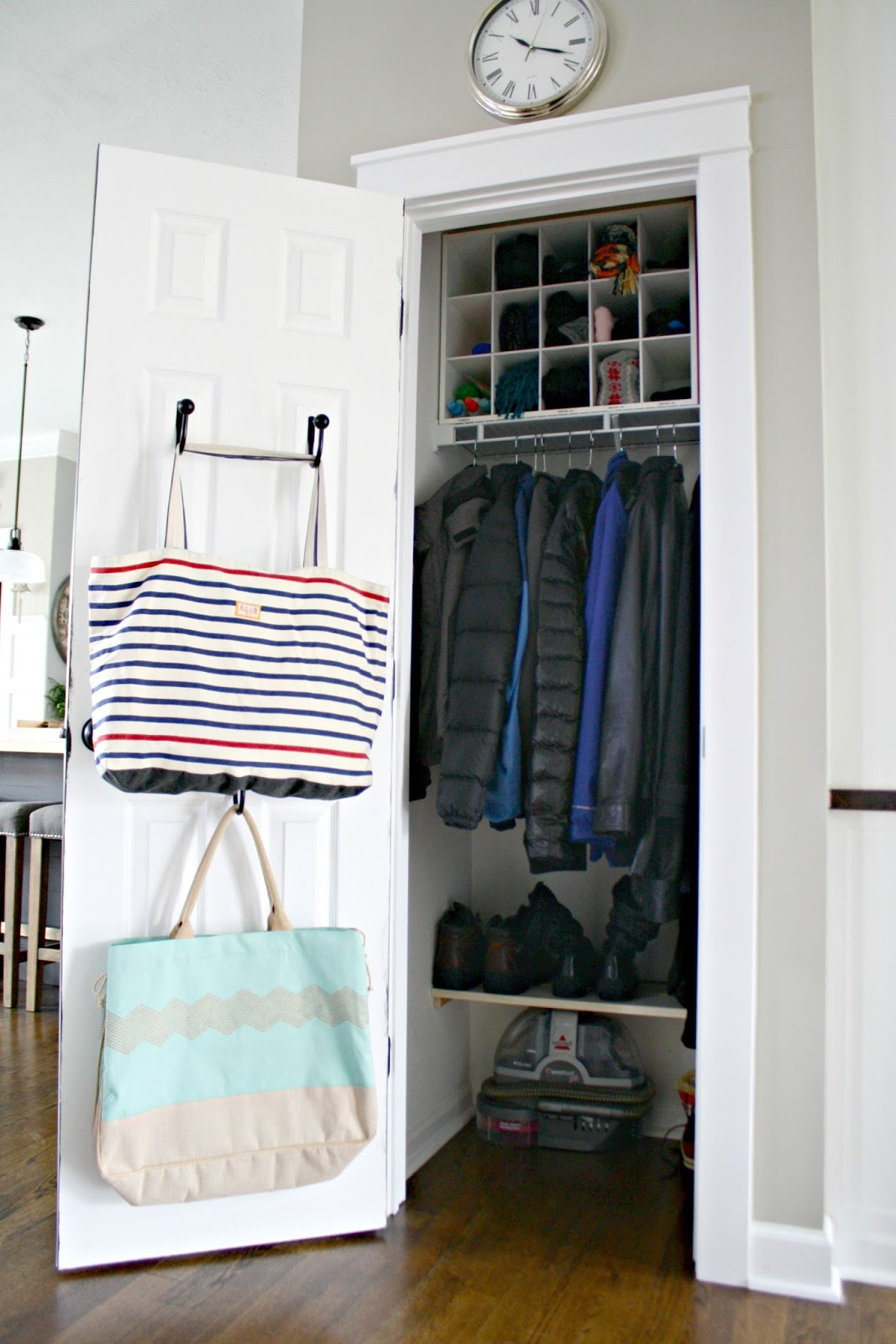 Things In A Foyer Closet Crossword : My tricks for an organized coat closet from thrifty decor