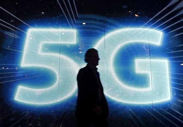 As empresas de telecomunicações alertam para o surgimento de uma tecnologia que deve mudar completamente o modo como as pessoas (e as companhias) usam a internet móvel: o 5G, a nova geração da conexão sem fio. Segundo o setor, vai muito além de acrescentar um número mais alto na frente do