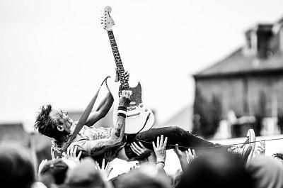 7 Gitaris Terbaik Dunia Sepanjang Masa - Tips dan Cara