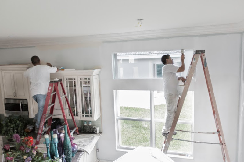 How Commercial Painters Can Complete Paint-Projects Safely?