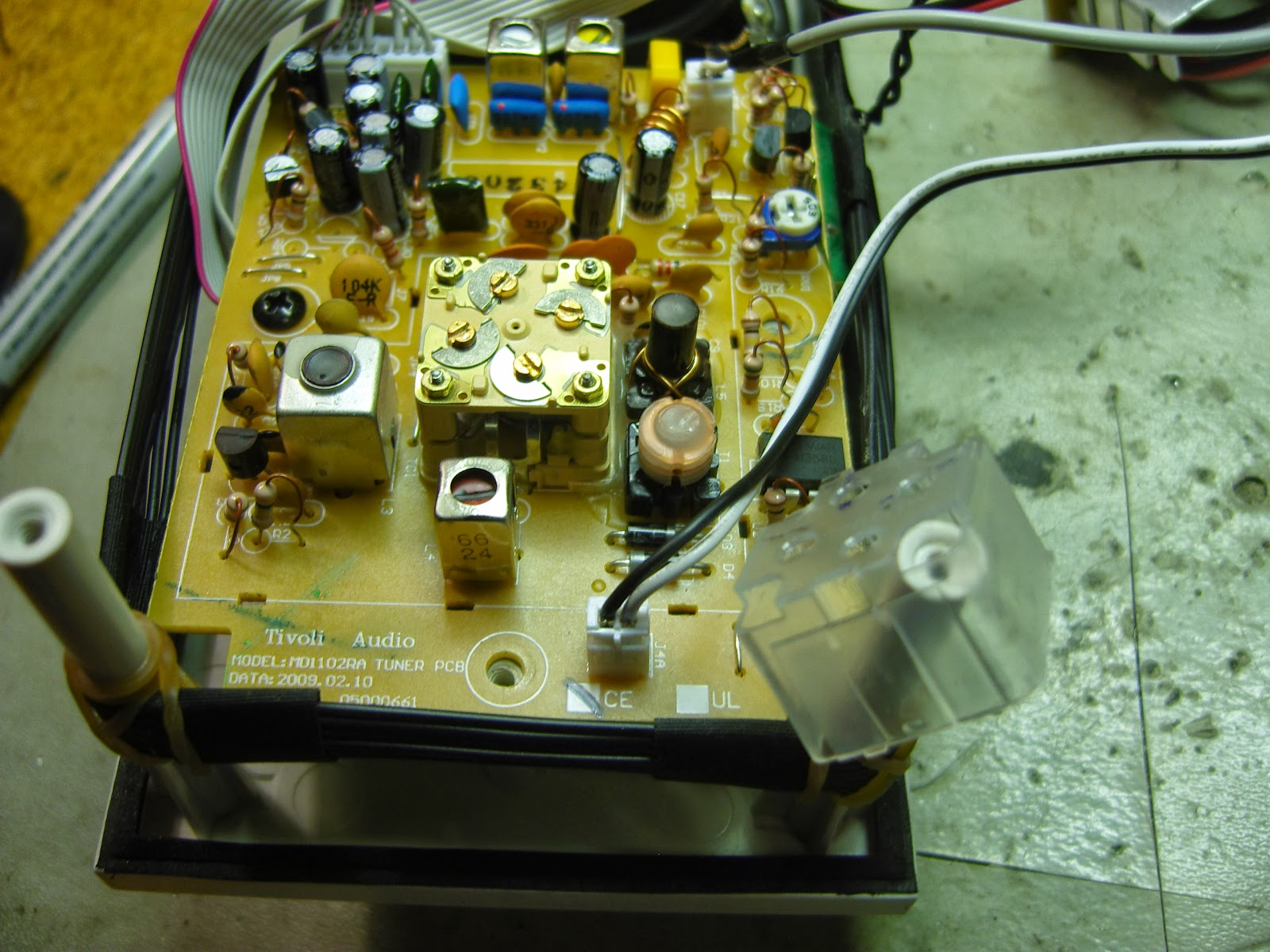 Tivoli Audio Model One Cijena La3za Radio And Electronics Scratchy Tivoli Audio Model One