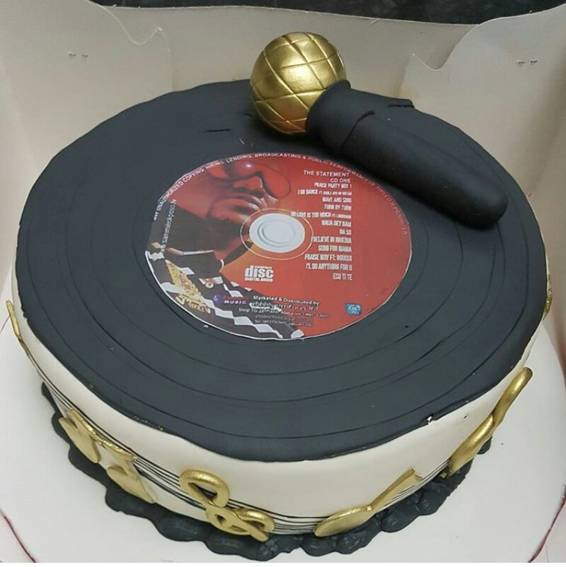 See Sammie Okposos Wife Birthday Cake To Husband