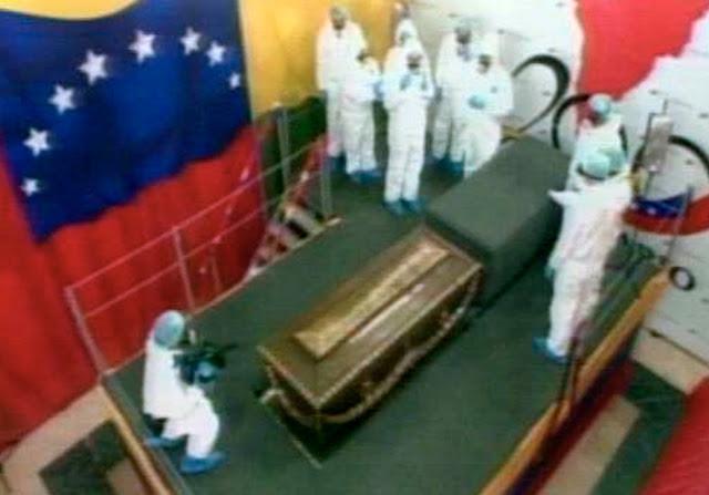 Exhumación Simón Bolívar