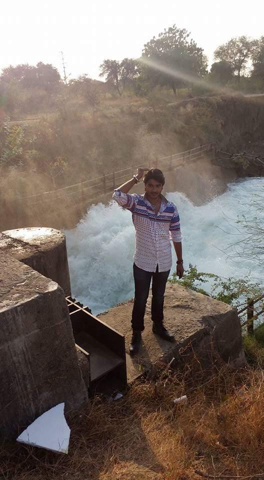 ON Set of Dulhan Chahi Pakistan Se  Bhojpuri Film Shooting photo