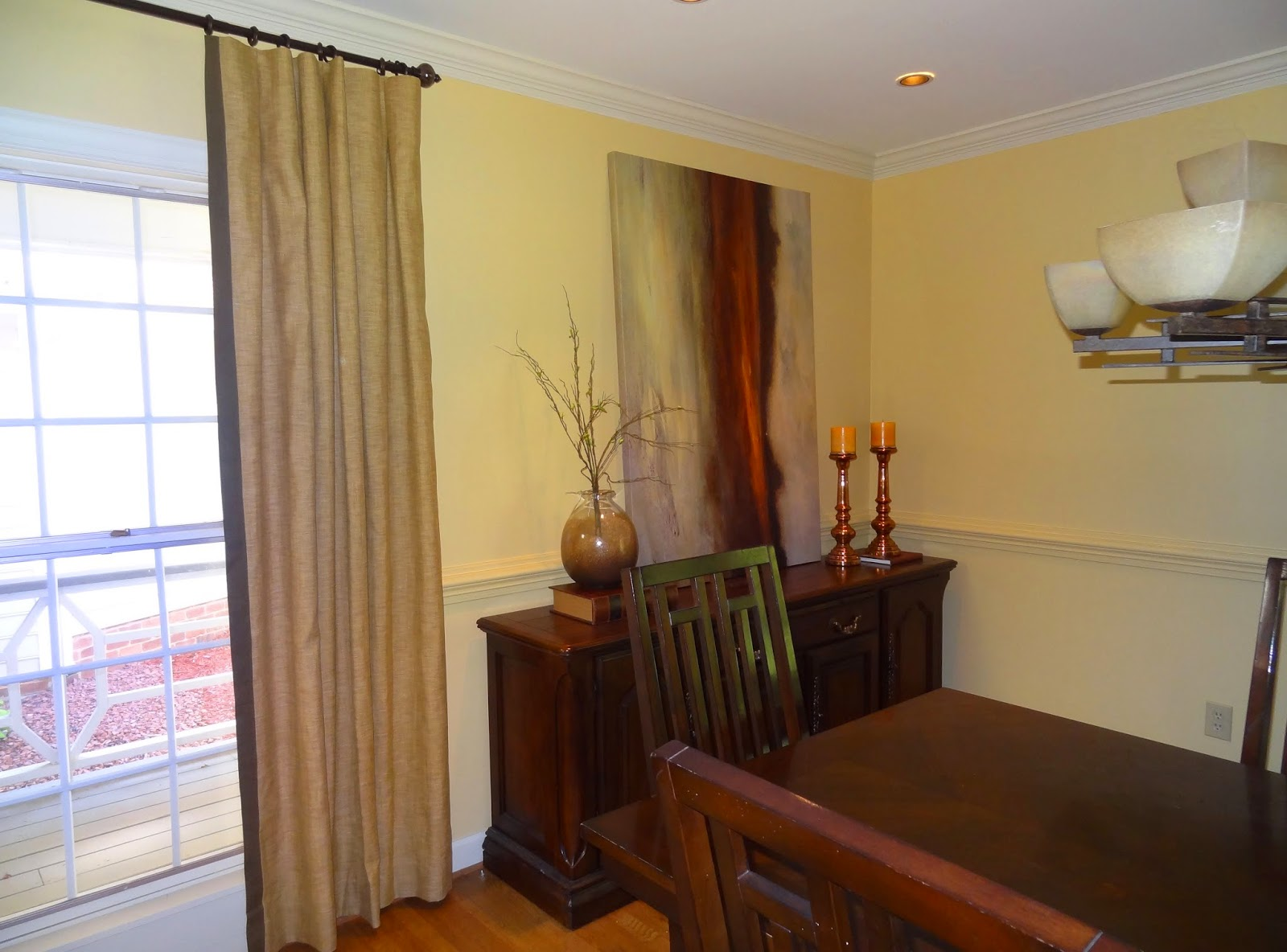 Chair Rail Pros And Cons Leather Club Ottoman Set How To Make A Dining Room Look Bigger Small