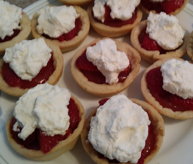 Mini Strawberry Pies Recipe