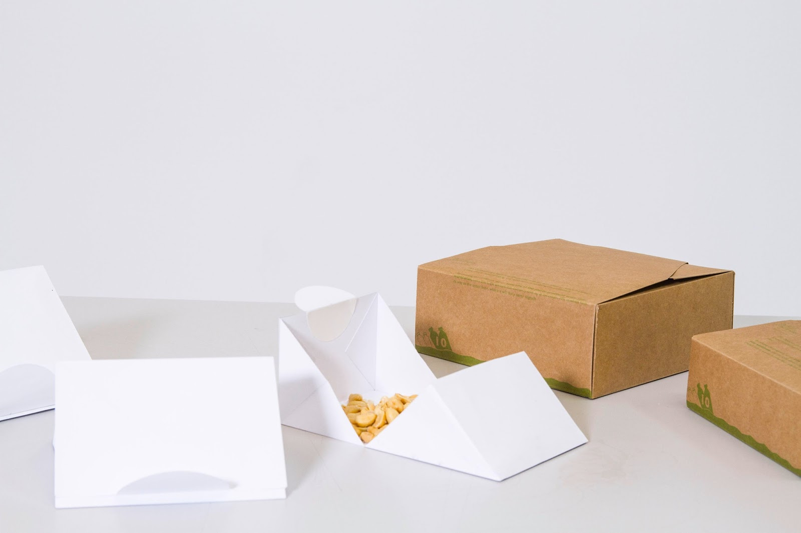 De Fold Containers Student Project on Packaging of the World