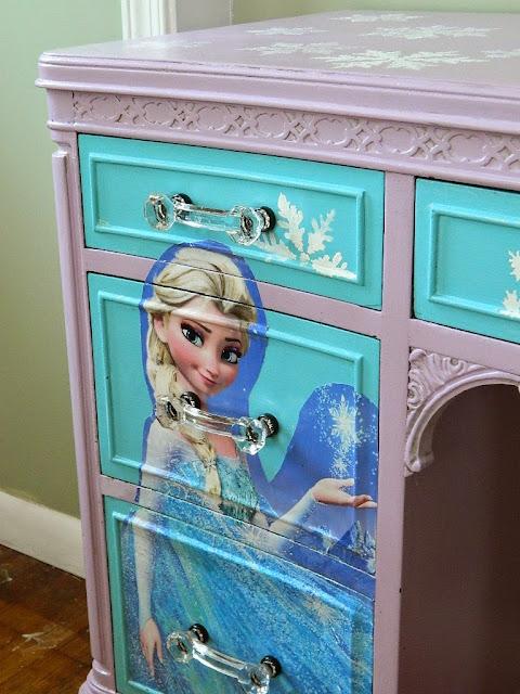 disney frozen dresser
