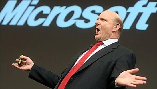 前微軟執行長包默:沒人想去亞馬遜工作