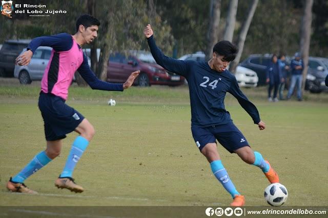 Práctica de fútbol pensando en Almagro