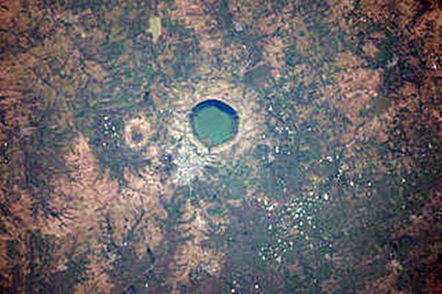 lonar-lake-sarover-crater-lake-photos maharashtra, india, lonar, lonar crater lake, lake, crater, buldhana, lonar lake
