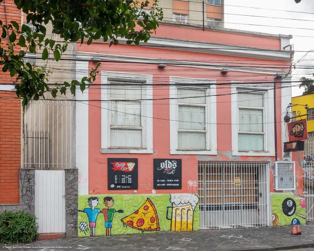 Casa na Paula Gomes 405