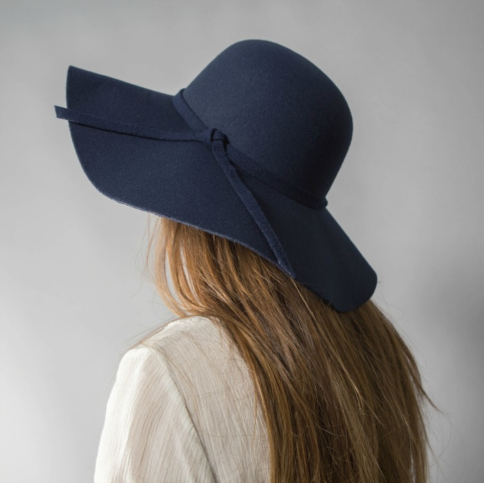 Navy-Summer-Hat www.bellaellaboutique 9af64fb17a3b