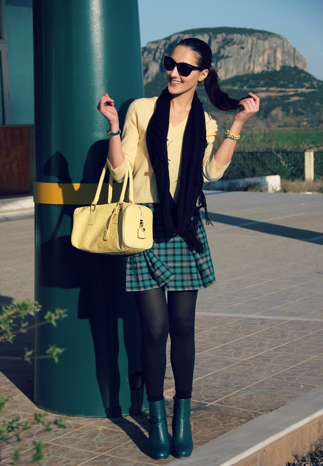plaid mini skirt outfit, green plaid mini skirt, green booties