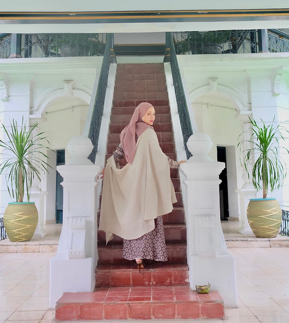 Dewi Sandra Beri Pelajaran pada Oknum Emak-Emak Pengusir Ustaz Adi