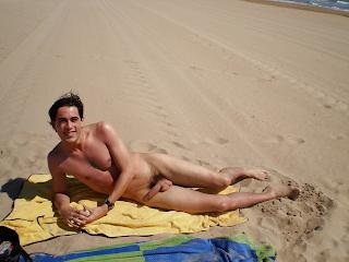 beach nude accidental boners