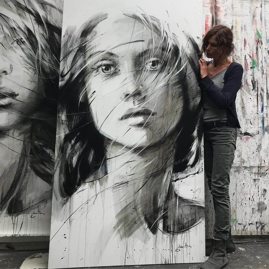 03-Large-Format-Oil-Paintings-and-Charcoal-Drawings-www-designstack-co