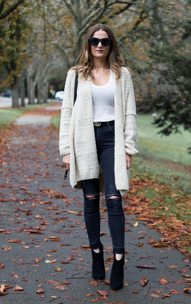 How to wear an oversized cardigan