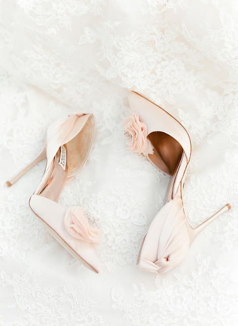 blush-bridal-shoes-badgley-mischka