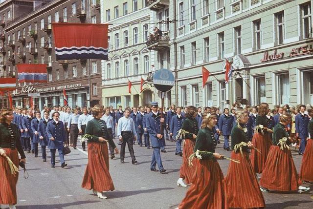 1973 год. Рига. Улица Ленина. Dziesmu svētku