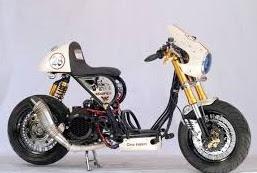 Foto Modifikasi Kombinasi klasik dan motor sport