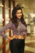 shalu chaurasiya latest sizzling pics-thumbnail-16